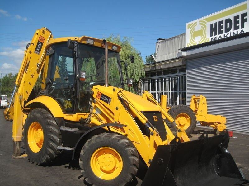jcb_3cx_2006_model_bekoloder-3.jpg