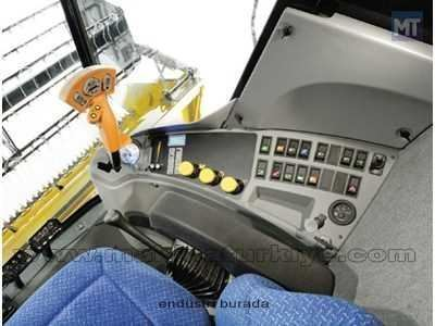 bicerdover_new_holland_tc_5070-7.jpg