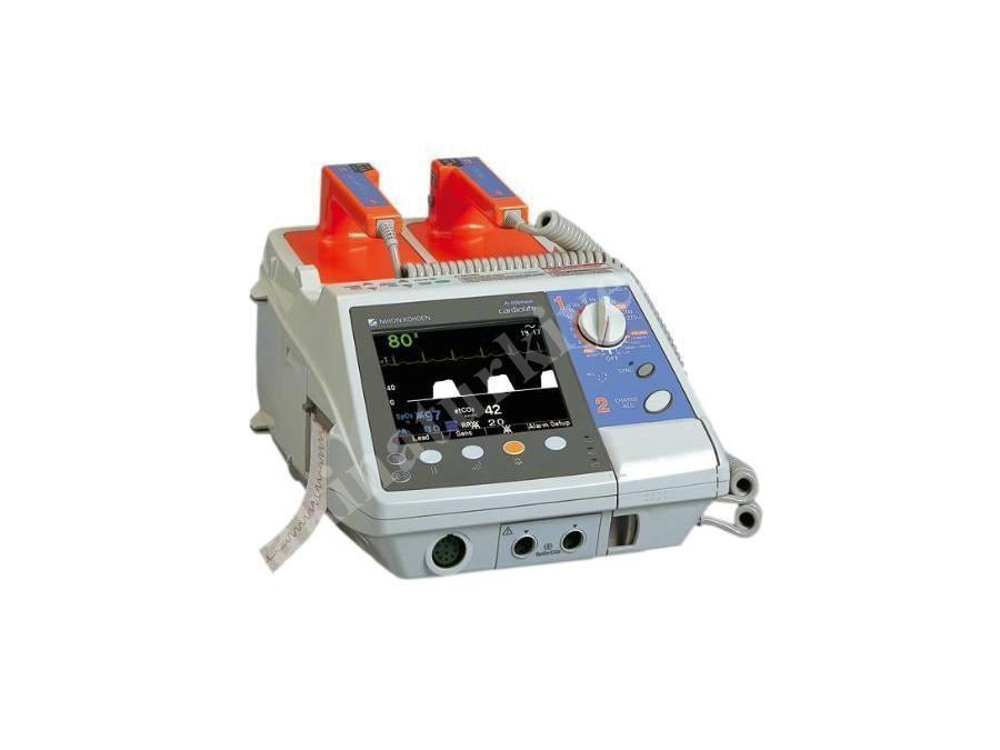 Kompakt Bifazik Defibrilatör