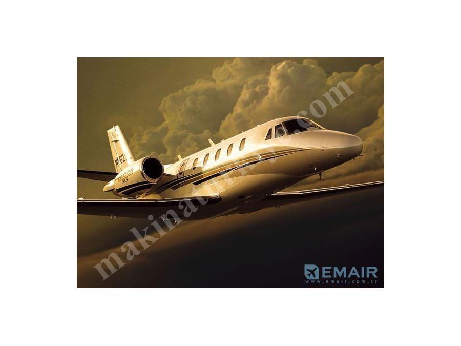 Hafif Jet Uçak ( 9-12 Kişi )