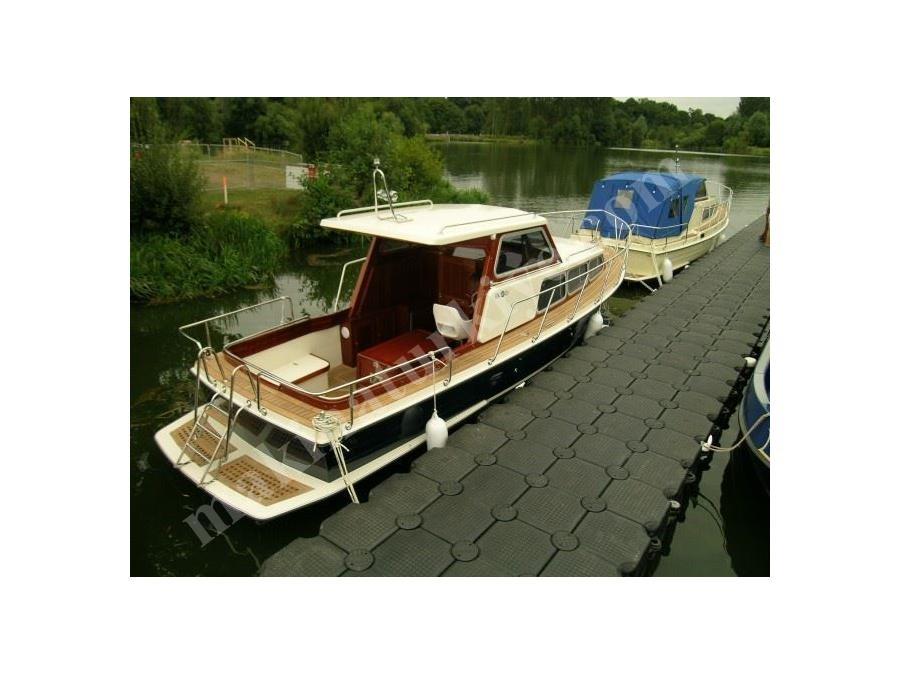 8.00 M Polyester Kamaralı Tekne / Karayel Pt-8.00 K