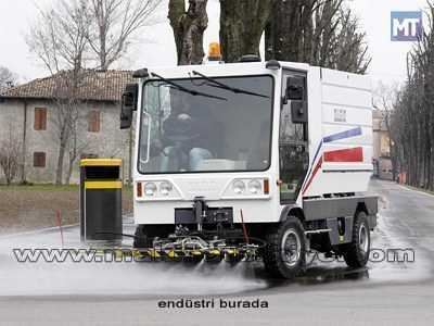 Benzinli Yol Yıkama Aracı / Dulevo 200 Hydro