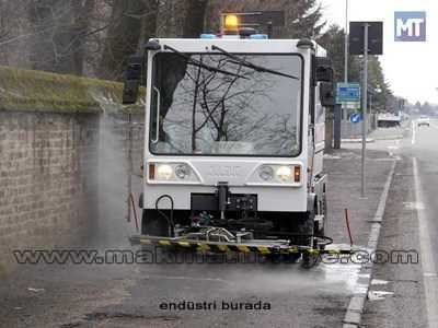 benzinli_yol_yikama_araci_dulevo_200_hydro-2.jpg
