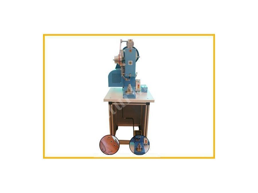 Otomatik Kuşgözü Çakma Makinası