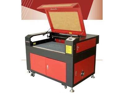 Laser Çizme Kazıma Kesme Makinası / Jq Laser Jq 9060
