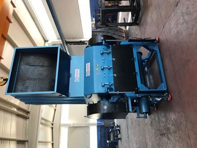 130 Luk  Plastik Kırma Makinası (Sulu Tip)