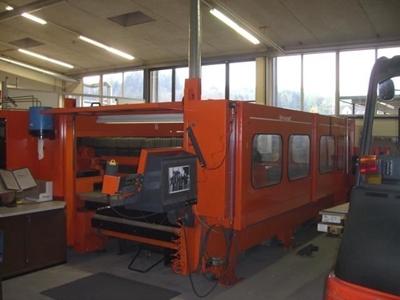 3000W Lazer Kesim Makinası  3000 x 1500 mm