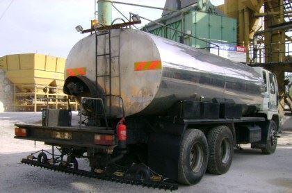 asfalt_disribitoru_10_14_ton-2.jpg