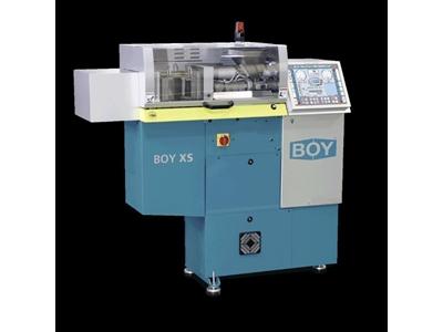 Boy XS 100 kN - 10,2 ton Ultra Mini Plastik Enjeksiyon Makinası