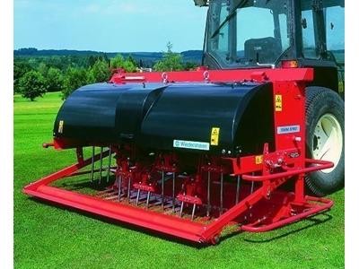 Çim Bakım Ve Havalandırma Makinası - 122 Cm