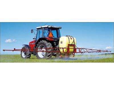 Çim Bakım Ve Sulama Makinası - 600 Lt