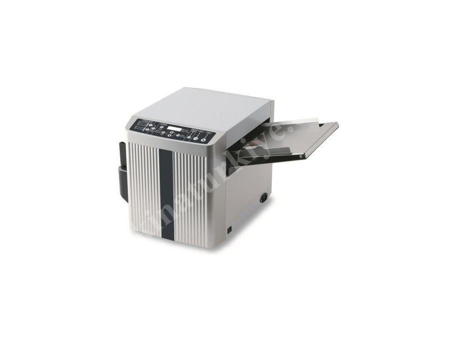 Uchida BC 10 Kartvizit Kesim Makinası