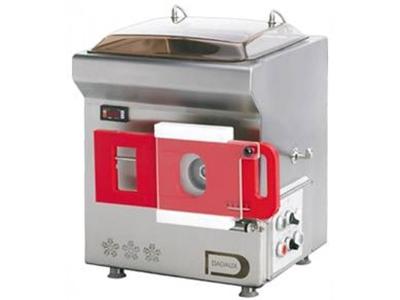 Dadaux Zircon Soğutuculu Et Kıyma Makinası 300 Kg / Saat