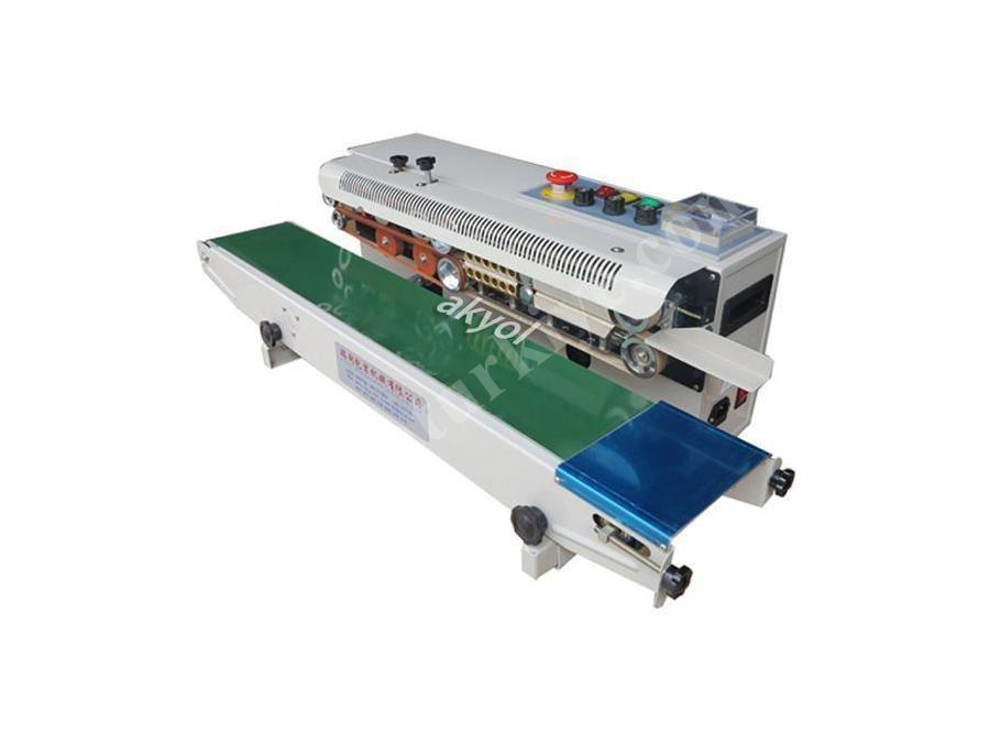 Yürüyen Bantlı Otomatik Folyo Ve Naylon Yapıştırma Makinası Cbs-900