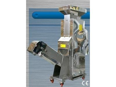 Badem Zar Kabuk Alma Makinası Kapasite 90 Kg/Saat