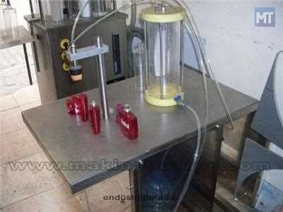 Vakumlu Parfüm Dolum Makinesi