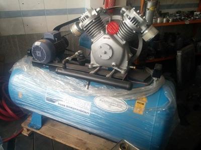 500_lt_7_5_hp_pistonlu_hava_kompresoru-2.jpg
