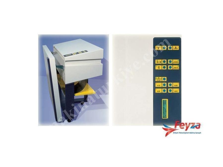 Oce Foldjet 2000 Kağıt Katlama Makinası