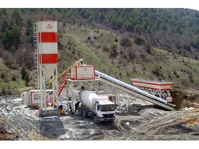 100_m3_h_kuru_beton_santrali_sifir_mesas_-3.jpg