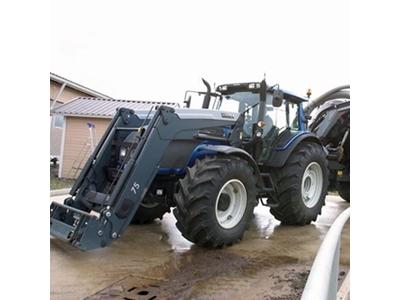 Tarla Traktörü / Valtra Hitech T161