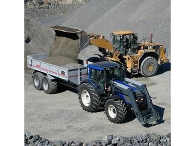 tarla_traktoru_valtra_hitech_t161-2.jpg