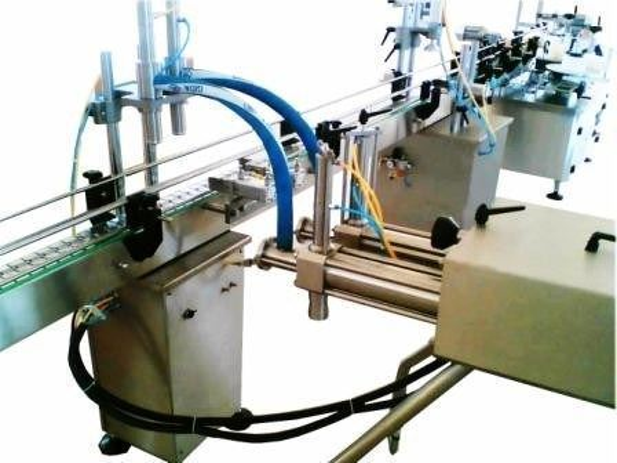 Otomatik Sıvı Dolum Ve Etiketleme Makinası