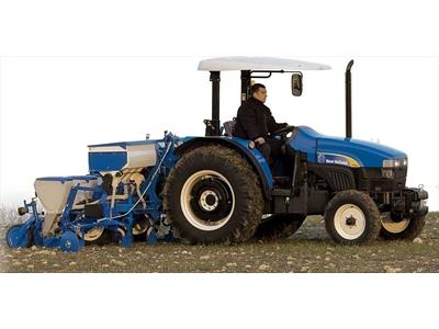 Tarla Traktörü / New Holland Tt 65 Kabınlı 16.9r28 (T34) Tıer2