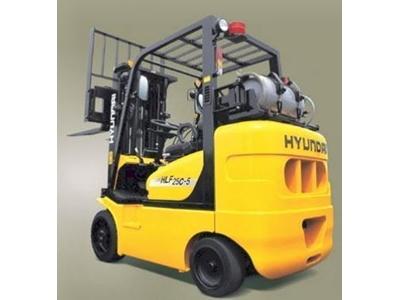 Lpg' Li / Benzinli Forklift / Hyundaı Hlf 30c-5