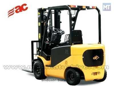 Akülü Forklift ( 3 Ton )