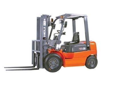 Dizel Forklift Makinası / Helı Cpcd 25