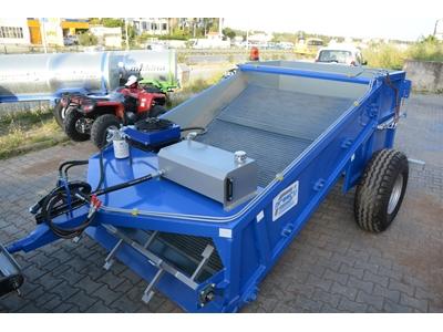 Traktör arkası Sahil Temizleme Makinası