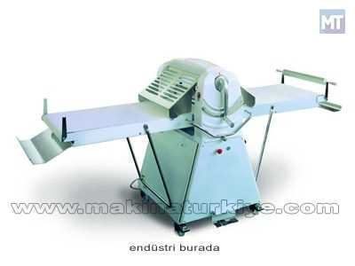 Baklava Su Böreği Hamur Açma Makinesi