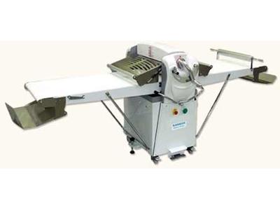 Baklava Su Böreği Hamur Açma Makinesi - Endüstriyel