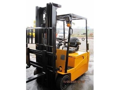 1,8 Ton Akülü Forklift / Hyundaı 18 B-7 (Ac)