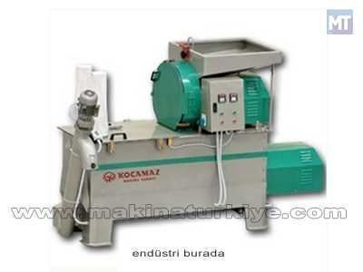 Kırıcı-Karıştırıcı Yem Makinası ( 1000 Kg/Saat )