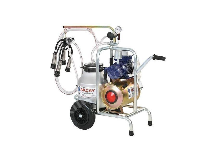 Kuru Motor Sistemli, Tekli Arabalı Süt Sağım Makinesi / Akçay Ak-Mk-1k/S-107