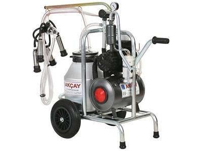 Tekli Arabalı Süt Sağım Makinesi Yağlı Motor Sistemli/ Akçay Ak-Mk-1y/S-304