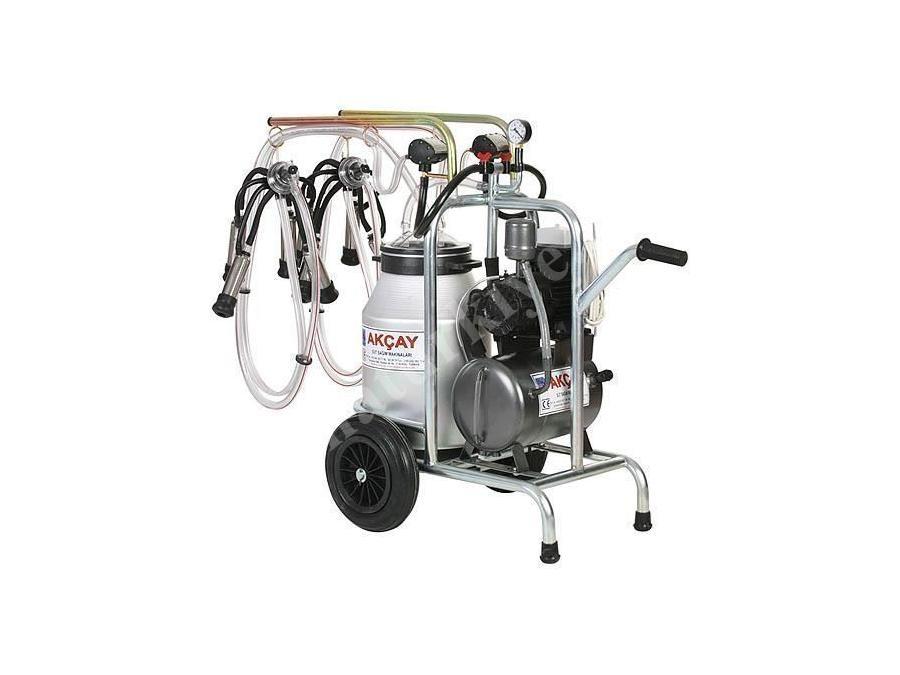 Turbo Motor Sistemli Çiftli Arabalı Süt Sağım Makinesi