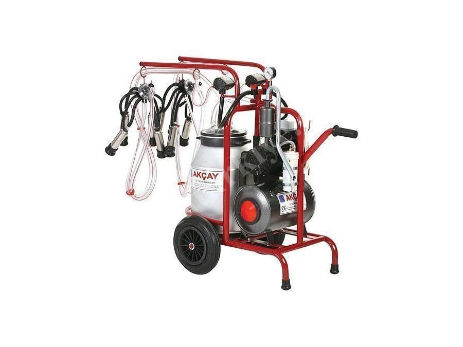 Yağlı Motor Sistemli,Çiftli Arabalı Süt Sağım Makinesi / Akçay Ak-Mk-2y/S-310