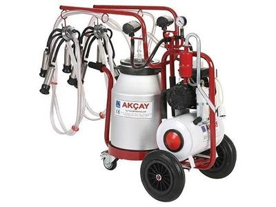 3 Tekerlekli Çiftli Arabalı, Yağlı Motor Sistemli Süt Sağım Makinesi / Akçay Ak-Mk-2y/S-408