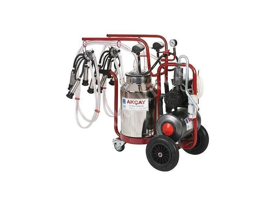 Çiftli Arabalı, 3 Tekerlekli, Yağlı Motor Sistemli Süt Sağım Makinesi / Akçay Ak-Mk-2y/S-413