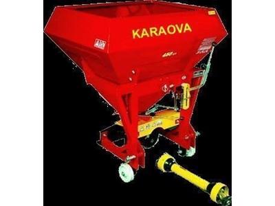 Gübre Serpme Makinesi / Kara Ova Ko-1b(450)