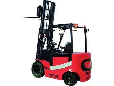 Akülü 4 Tekerlekli Forklift ( 2.5 Ton )