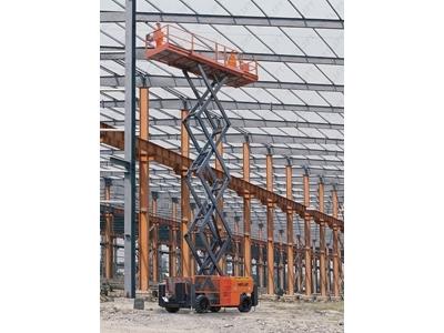 15_mt_motorlu_akulu_makasli_calisma_platformu_netlift_nl_jcpt_1523_rt-2.jpg