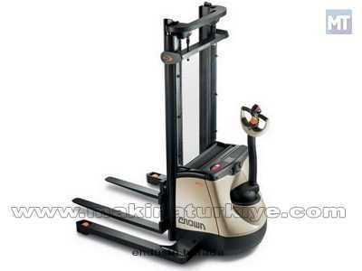 1.35 Ton Yaya Kumandalı İstifleme Makinesi / Crown Sx 3000 N 1.35