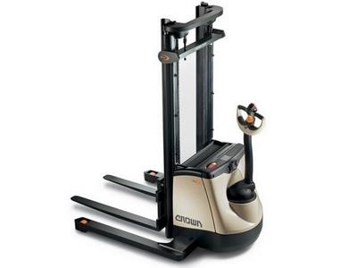 1.35 Ton Yaya Kumandalı İstifleme Makinesi / Crown Sx 3000 1.35