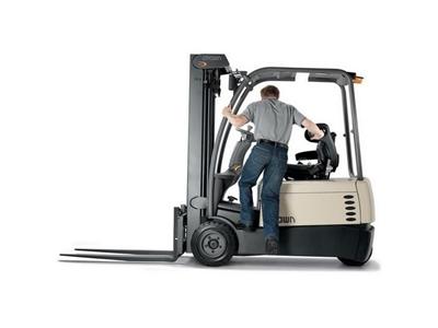 1.25 Ton Tekerlekli Denge Ağırlıklı Forklift / Crown Sc 4220 1.3