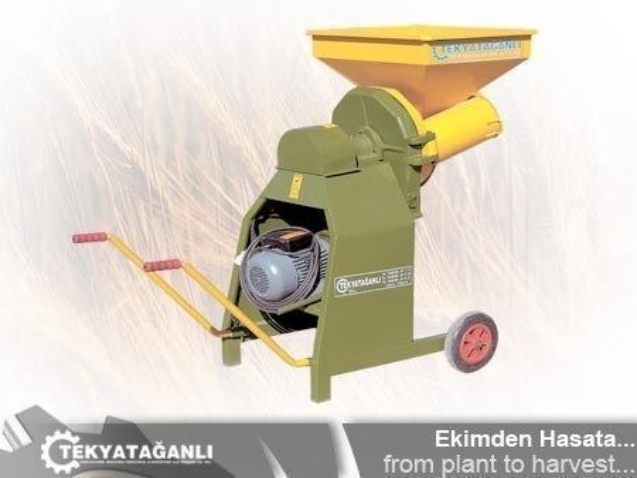 elektrikli_yem_kirma_makinesi-2.jpg